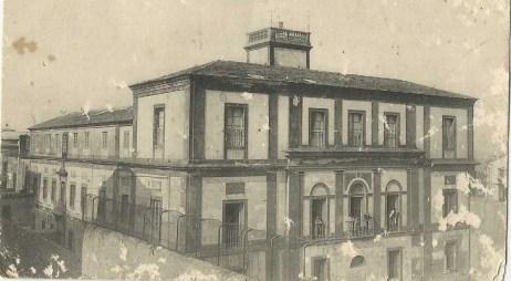 fachada sur y observatorio colegio Santa Isabel